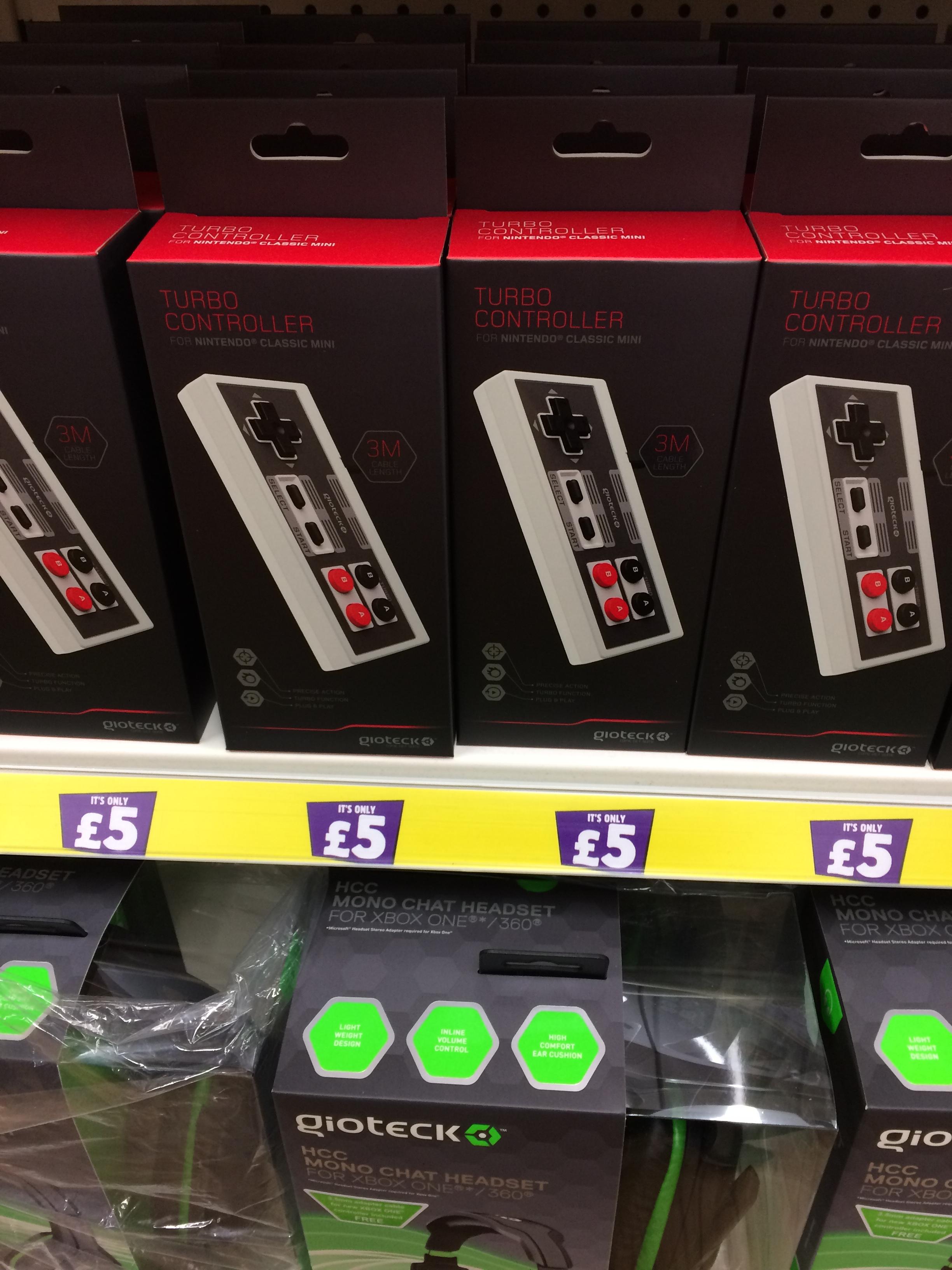 Gioteck Nintendo mini controller £5 @ Poundland