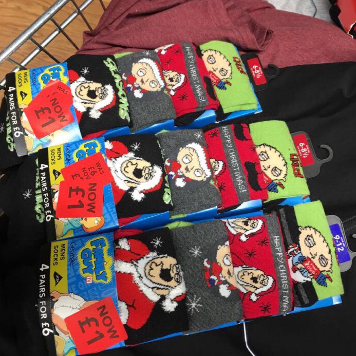 Asda 4 pairs men socks was £6 now reduced to £1 (25p per pair)
