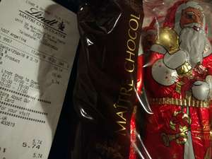 70% off in the Lindt Store - 6 pack of Santa's for £5.74