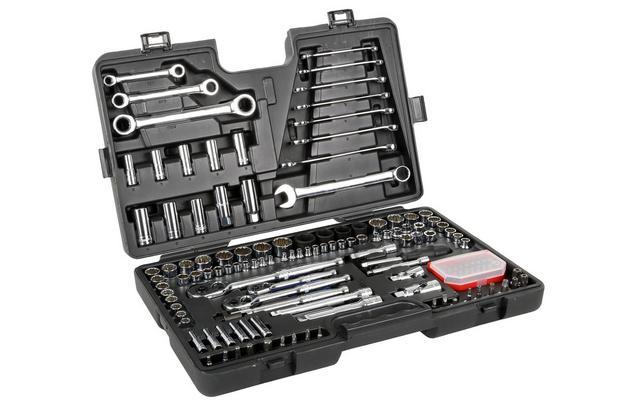 Halfords Advanced 150 Piece Socket & Ratchet Spanner Set for £110