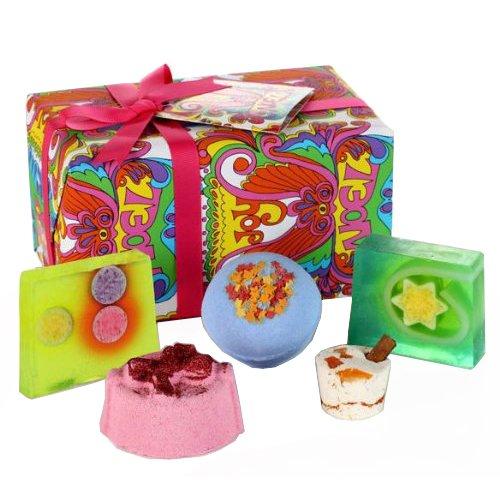 Bomb Cosmetics Joy Noel Handmade Gift Pack £7.59 prime / £12.34 non prime @ Amazon