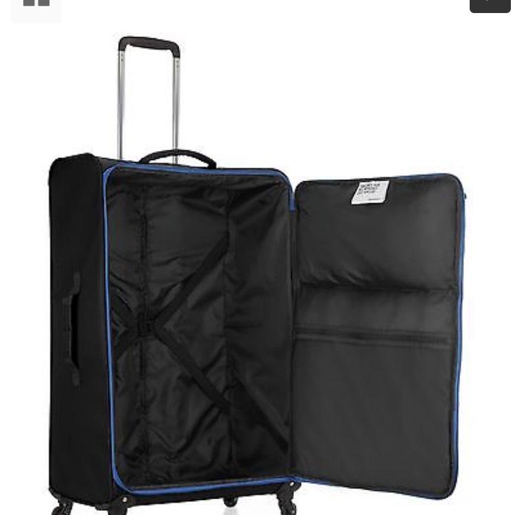 """Revelation By Antler Weightless Wheeled Black Suitcase Luggage 19"""" - 22"""" @ Ebay Argos"""