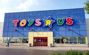 Toys R Us closing down sale - Old Kent Road, South London