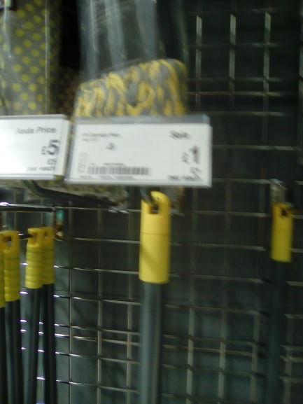 Asda sponge complete mop £1 @ asda instore (Ellesmere Port)