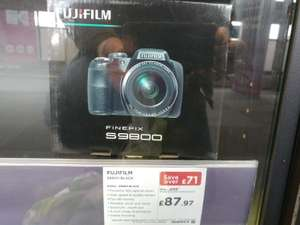 Fuji S9800 bridge camera, only £87.97 at Currys (possible instore only)