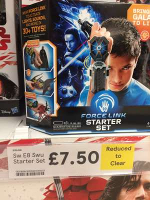 Star Wars The Last Jedi Force Link Starter Set only £7.50 at Tesco