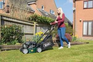 WEBB WER41HP 118CC Petrol Lawnmower £99.99 @ Wickes