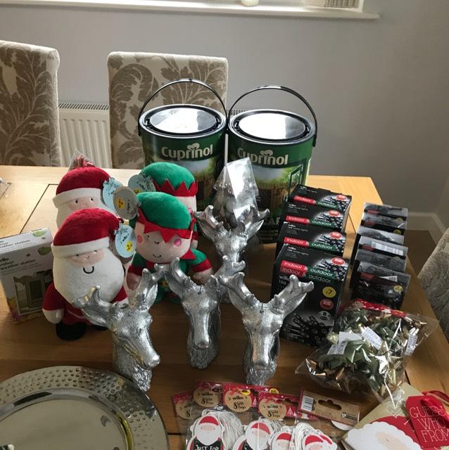 Christmas items 1p / 10p instore @ Wilko