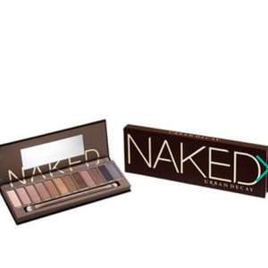 Urban Decay - 'Naked' eye shadow palette 12 x 1.3g , free delivery with code : SHA5 - Debenhams