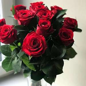 Clare Florist  12 red roses, £19.69 (Prime) / £24.44 (non Prime) Amazon deal of the day.