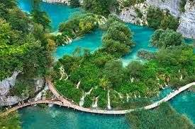 From Manchester: 11 Night (24 April - 5 May) Croatia and Bosnia Trip just £178.25pp @ booking.com
