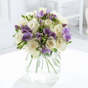 £7.50 off Bouquets over £30, £5 off under with Codes @ Blossoming Gifts