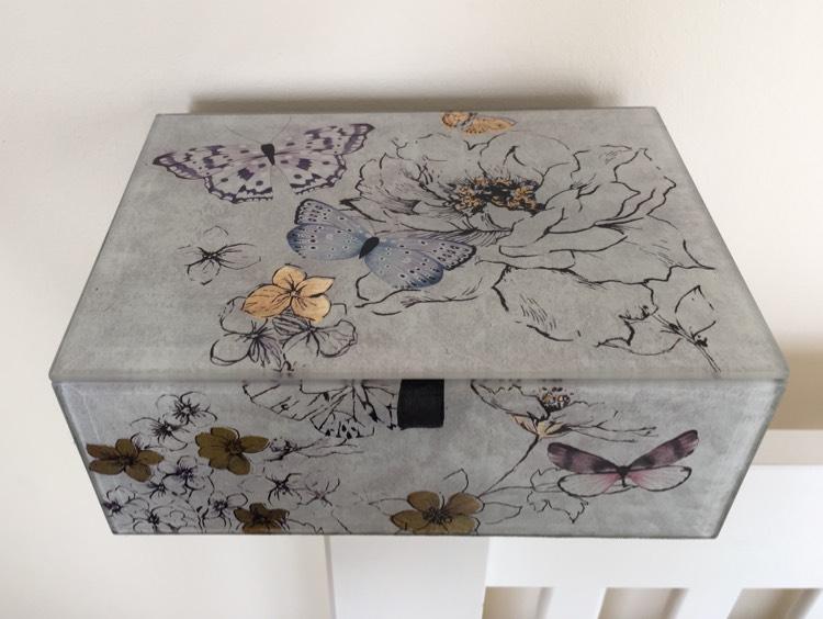 Jewellery box £3 in store tesco