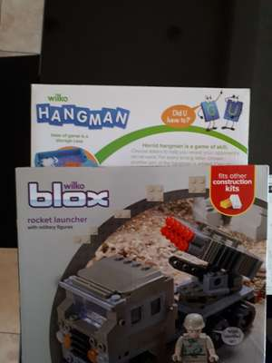 """Wilko clearance mega deals: lox """"lego"""" style construction kits reduced to £1... Hangman and 4 in a row reduced to 75p Loads to 50p items,"""