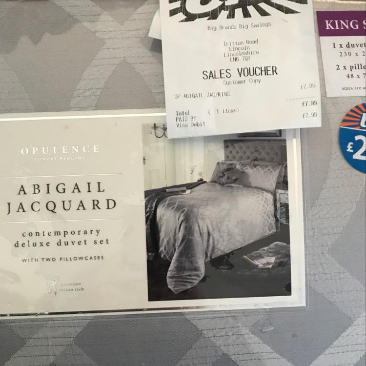 B&M Abigail Jacquard King Size Bedding was £29.99 down to £7.99