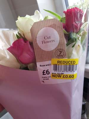 Various Tesco bunches reduced lowest 25p ranging to 60p in-store only. (Greenock)
