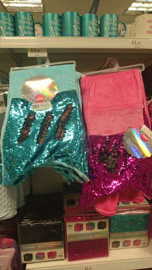 Kids colour changing sequin mermaid tale throw ( like a sleeping bag) £4.99 instore @ home bargains