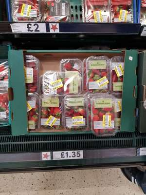 Tesco strawberries - 14p instore, reduced to clear