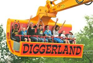 Diggerland - FREE Entry for Mums (when accompanied by 1 child) on Mother's Day with Free Downloadable Voucher at Littlebird