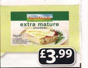 Extra mature Cheddar cheese 1Kg @ Farmfoods £3.99