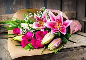Cheapish delivered Flowers - Just a heads up, especially for Mothering Sunday! (HomeBargains Flowers)
