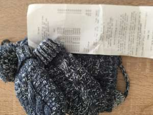 Primark hat and mitt set 0-3/3-6 months 50p instore at Primark Braehead