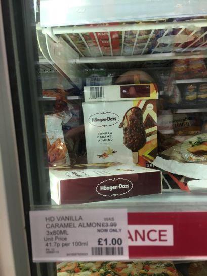 Häagen-Dasz Vanilla Caramel Almond Icecream £1 in store @ Co-op.
