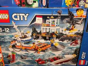 Various Lego Sets with 30% off at Debenhams Manchester including star wars and batman