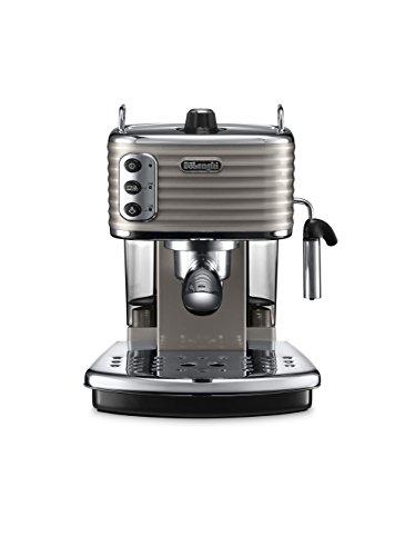De Longhi coffee machine £114.99 at Amazon