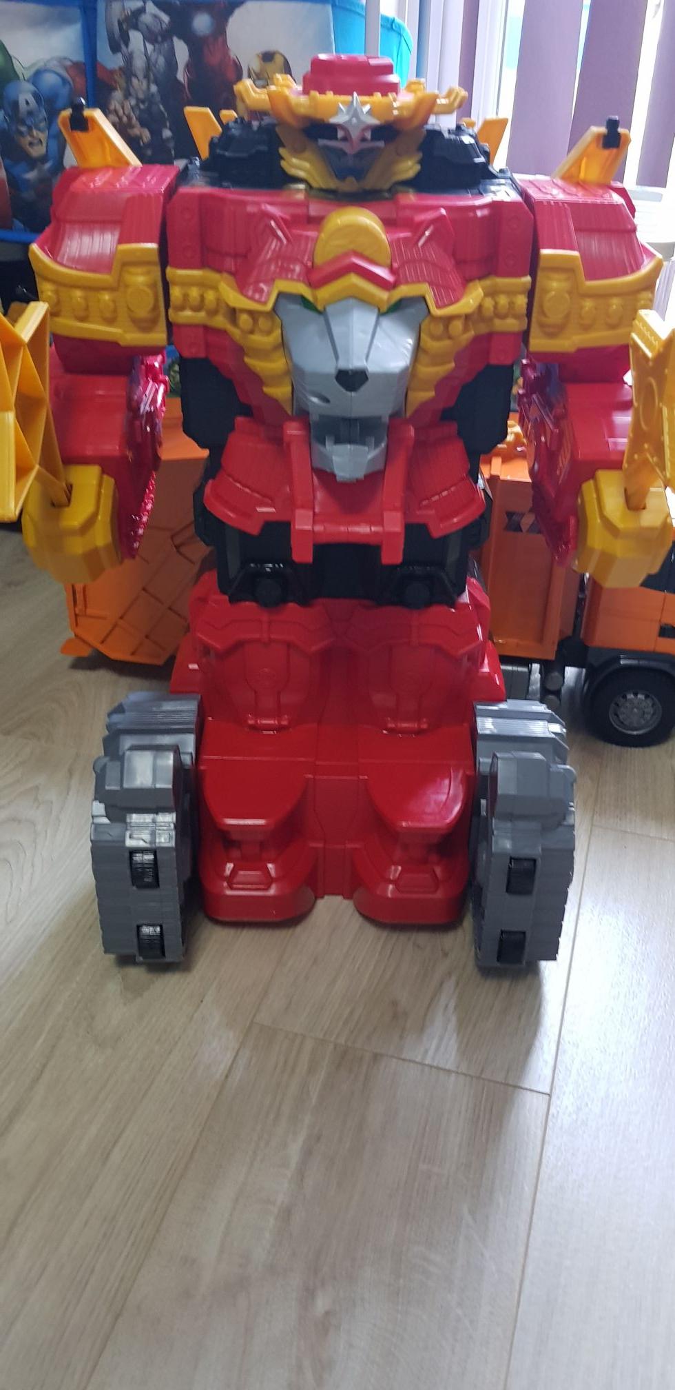 Power Rangers Steel Lion Megazord £39.99 @ Smyths