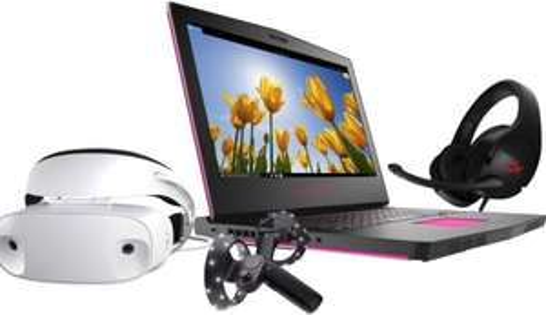 Dell Mixed Reality Gaming PC Bundle £1749.99 at Microsoft Store