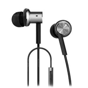 Original Xiaomi Mi IV Hybrid Dual Drivers Earphones  -  SILVER  Dynamic and Two Balanced-armature Driver / On-cord Control / Built-in Mic £11 @ gearbest