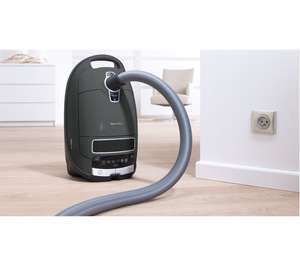 Miele Complete C3 Ecoline Vacuum cleaner at Currys for £119