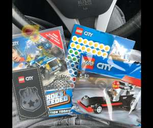 *FREE* Lego, activities and sticker book instore @ Smyths Toys (Milton Keynes and Stockton)