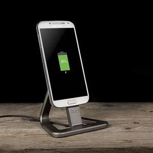 Veho DS-1 desktop charging dock / stand £7.98  **Now £5.98* delivered @ IWOOT