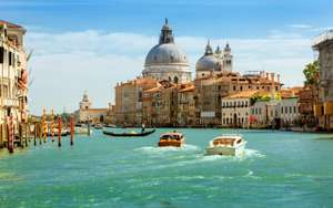 From Bristol: Flights & 2 nights in a Yacht in Venice Inc Breakfast 24-26 April £92.49pp @ Booking.com & RyanAir