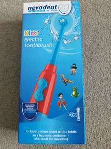 Kids electric toothbrush with 4 toothbrush heads and sticker sheet - £5.99 - @ lidl