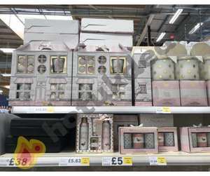 Loads of discounted Baylis and Harding from £5+ instore @ Tesco