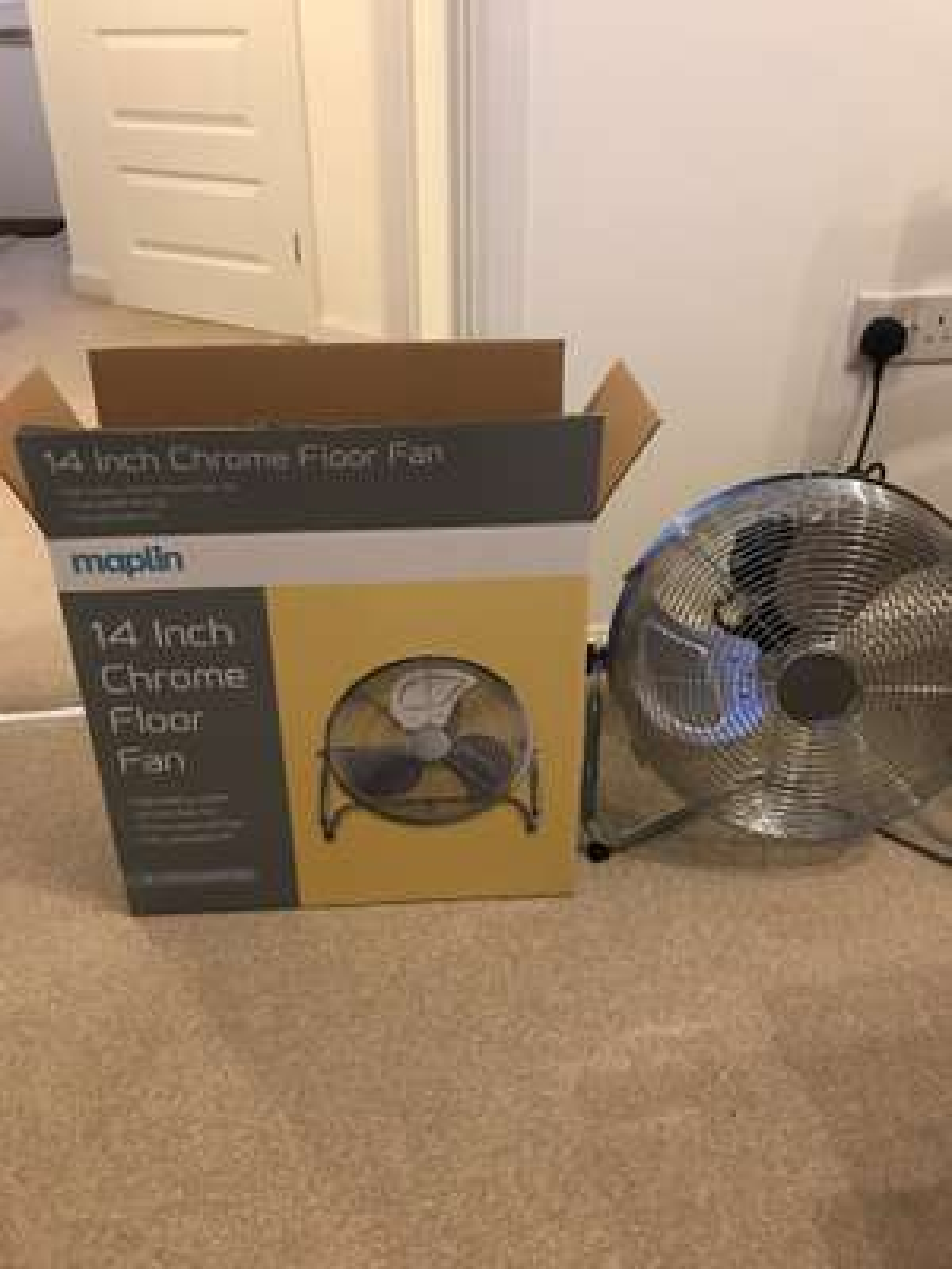 14 Inch Chrome Floor Fan £15.74 @ Maplin