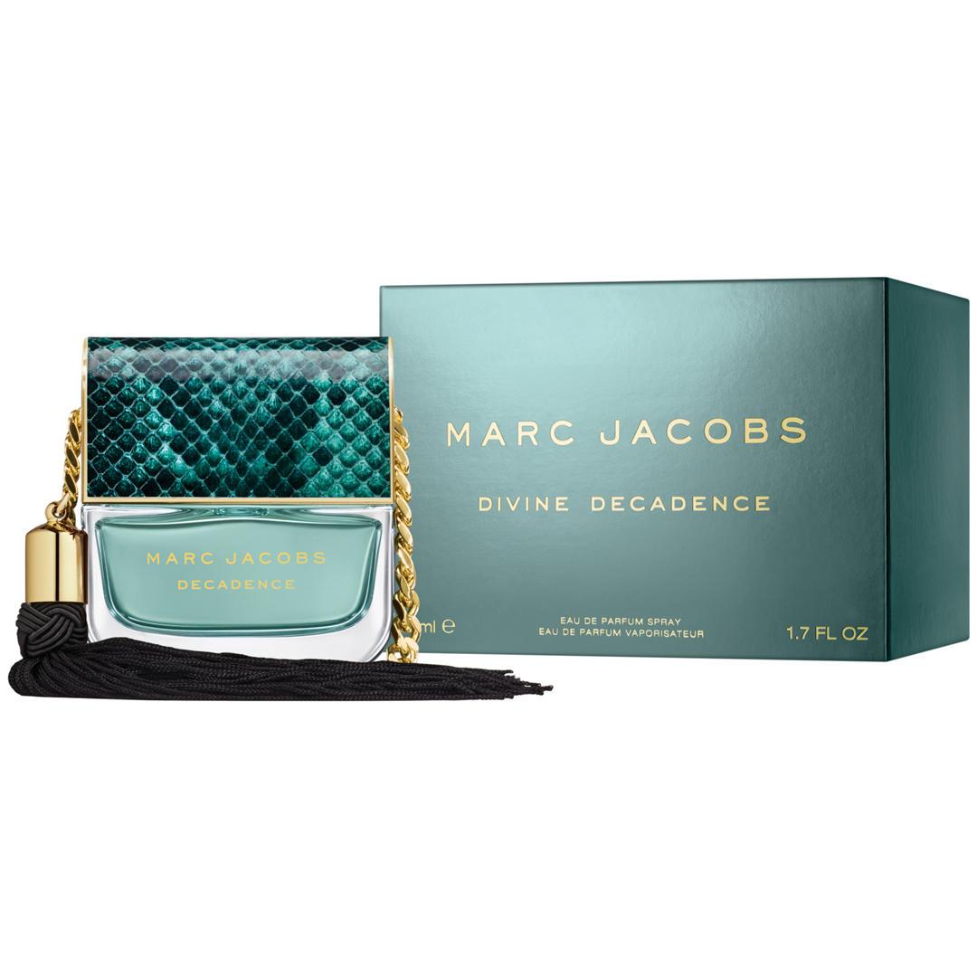 Marc Jacobs Divine Decadence 50ml Eau de Parfum £28.90 @ Superdrug