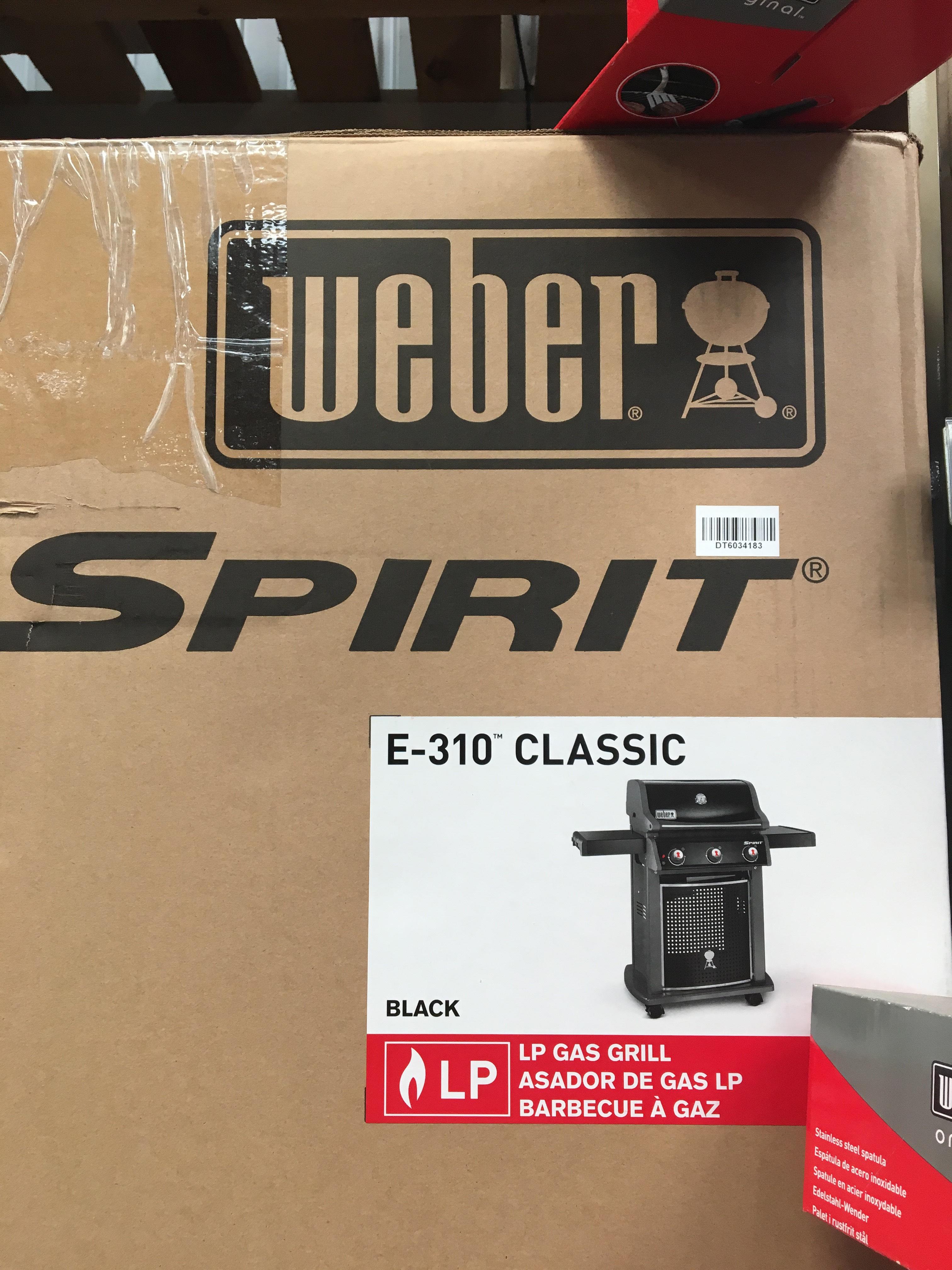 Weber e310 sprit classic 3 burner bbq £200 B&Q ilford