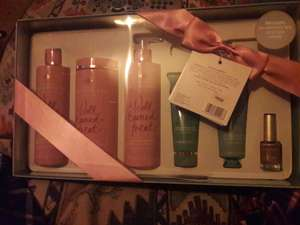 Exclusive Boots Champneys A WELL EARNED TREAT giftset £14 instore at Boots