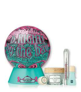 Benefit B.right! by the Bay Ltd Edition Set (worth over £68)  + 2 Free Samples (was £39.50) Now £26.50 delivered + incl. 3 full size items at Benefit Cosmetics