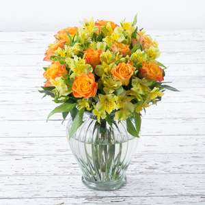 Rose &  Alstro cut flowers - £11.99 delivered /  Scented Lilies and Roses £12.99 delivered w/code @ Apple Yard Flowers (£15 off all other bouquets)