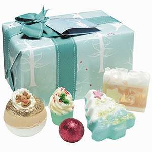 Bomb Cosmetics Winter Wonderland Handmade Gift Pack £6.77 Prime / £11.52 Non Prime @ Amazon