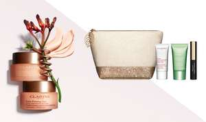 Free Clarins gift bag with first purchase at Clarins
