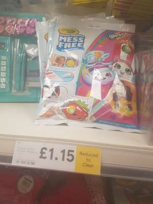 Crayola colour wonder mess free colouring reduced to clear to from £6 to £1.15 instore at Tesco (Disney princess,shopkins and pj masks)