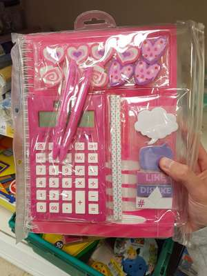 Stationery set - £2.40 instore @ Tesco (Liverpool)
