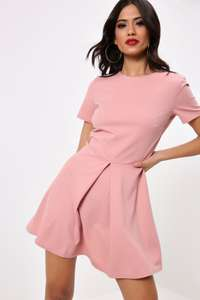 50% off All New In Dresses - prices from £2.50 + Delivery is £2.99 per order @ I Saw It First