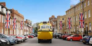 Tour Windsor by amphibious vehicle for £10.95pp (Family Ticket 2A2C £37.95) @ Travelzoo